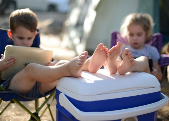 kids camping, kids with iPads